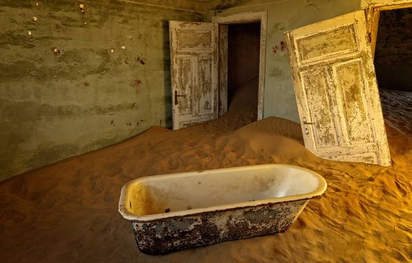 Picture sand, door, bath
