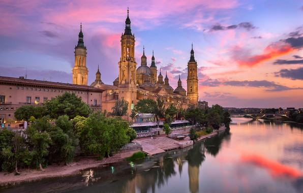 Picture sunset, bridge, the city, river, building, Cathedral, tower, Spain, dome, Basilica, Zaragoza, Aragon, Ebro