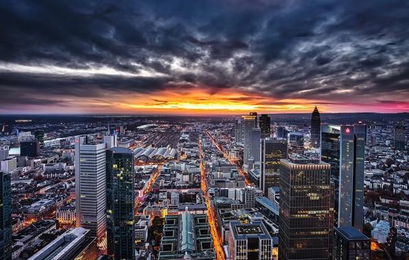 Picture sunset, the city, Frankfurt