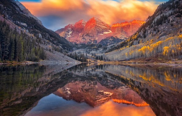 Picture autumn, forest, clouds, mountains, reflection, rocks, tops, pond