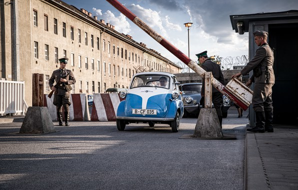 Picture BMW, 1964, Berlin, Isetta, microcar, Heading for freedoom in the BMW Isetta, car very small …