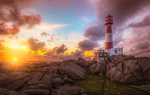 Picture sea, the sky, the sun, clouds, rays, light, landscape, sunset, nature, stones, rocks, dawn, shore, ...
