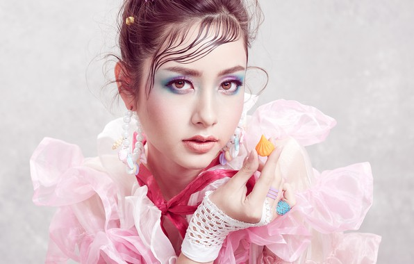 Picture look, girl, face, background, hand, portrait, makeup, Asian, Sofie