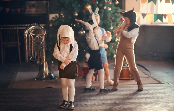 Picture children, holiday, new year, wolf, pipe, tree, mask, costumes, bunnies, kindergarten, Marianne Smolin