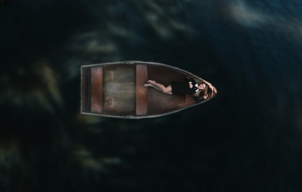 Picture water, girl, loneliness, boat, black dress, bare feet, в плавании