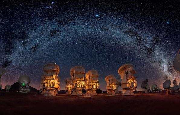 Picture the sky, stars, night, the milky way, radio telescopes