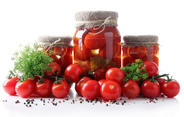 Picture banks, tomatoes, spices, koparka