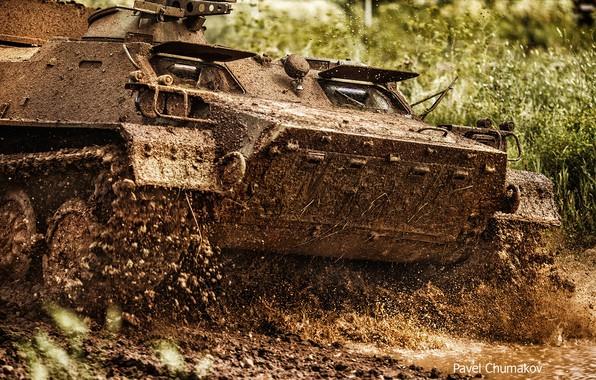 Picture dirt, BTR, APC, Pavel Chumakov