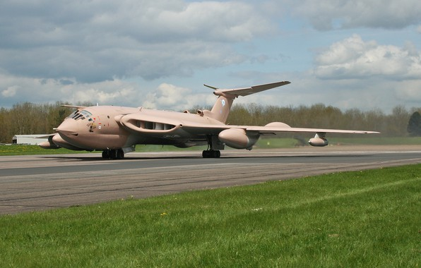 Picture The plane, Bomber, RAF, Royal air force, Handley Page Victor K.Mk.2, Victor K, V-bomber