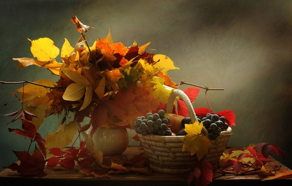 Picture leaves, branches, berries, basket, grapes, vase, still life, table, bunches, Kovaleva Svetlana