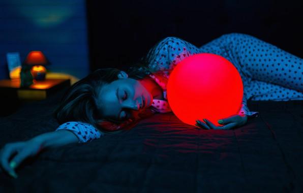 Picture girl, darkness, color, ball, Stanislav Zemlyanoi