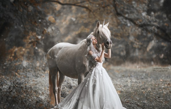Picture girl, pose, horse, dress, Marketa Novak, Bаra Markovа