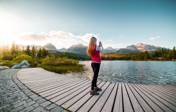 Picture girl, landscape, shooting, smartphone