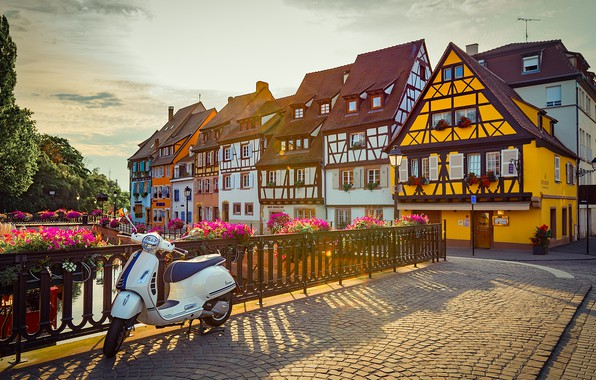 Picture the city, France, home, channel, scooter, Colmar, Naberezhnaya