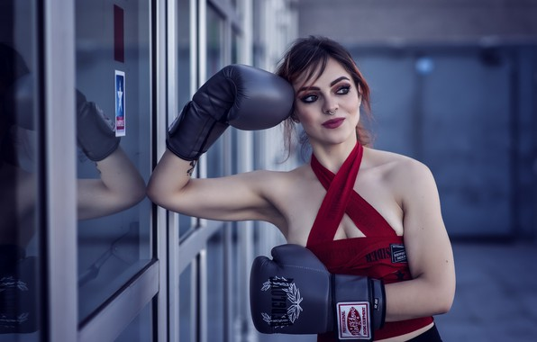 Picture girl, Boxing, Angie