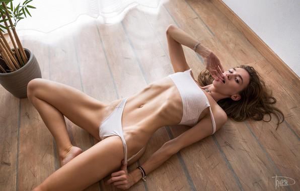 Women Top On The Floor Brunette Skinny Wikifeet 1