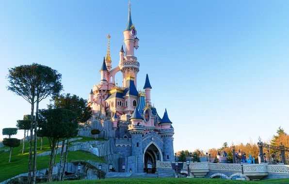 Picture castle, tower, Disneyland