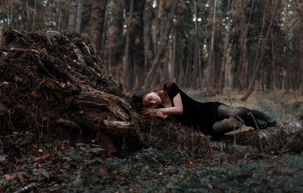 Picture forest, girl, lies, legs, Juliana Naidenova, Ksenia Chapkhaeva