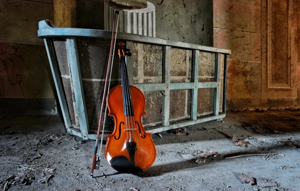 Picture music, violin, Abandoned