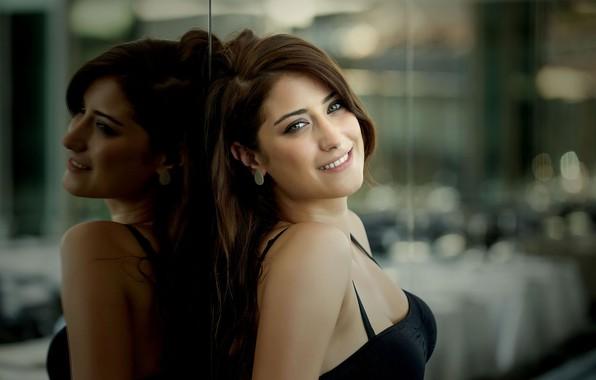 Picture look, girl, smile, Hazal Kaya