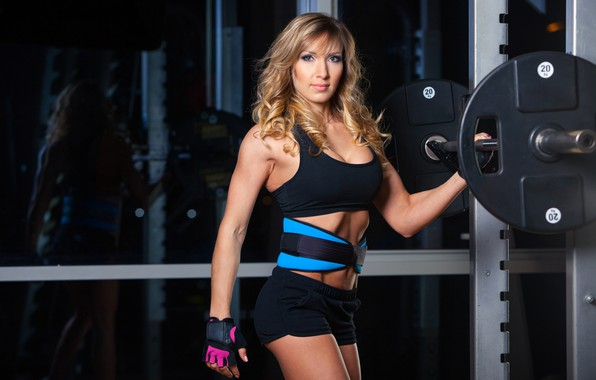Picture girl, pose, sport, shorts, makeup, Mike, figure, hairstyle, blonde, belt, gloves, fitness, athlete, iron, rod, …