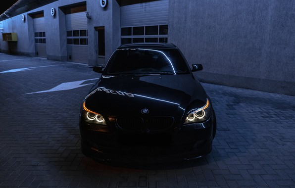 Picture night, bmw, BMW, light, sedan, front view, night, bmw5, angeleyes, бмв5