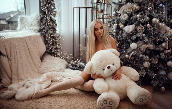 Picture girl, gift, toy, bear, New year, tree, Mykola Kashuba