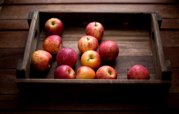 Picture apples, vitamins, 12 apples