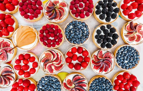 Picture berries, raspberry, strawberry, pear, cakes, BlackBerry, blueberries, cuts, figs
