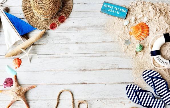 Picture summer, the inscription, hat, glasses, boat, slates