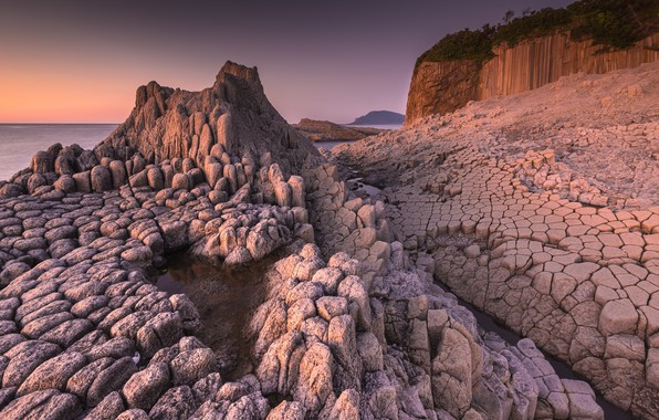 Picture sea, the sky, light, stones, shore, structure, the evening, relief, texture, rocky education, ancient fossilized …