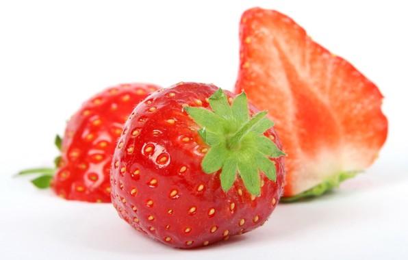 Picture macro, berries, strawberry, slice