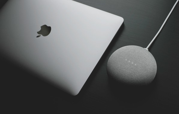 Picture photo, Apple, Apple, EPL, MacBook, charging, Photo, MacBook, charging, wireless charger, an Apple, wireless charging