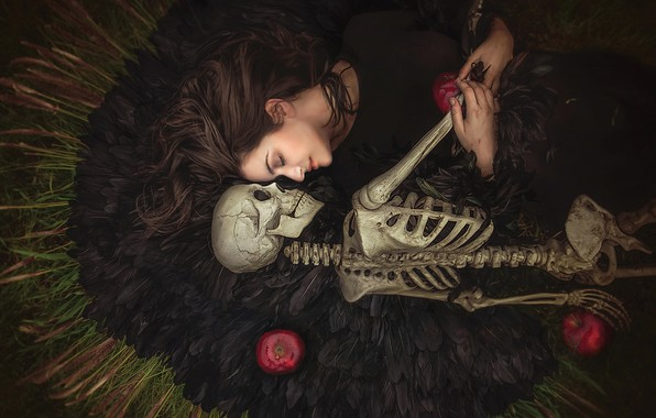 Picture girl, apples, feathers, skeleton