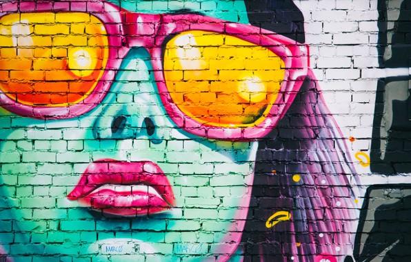 Picture girl, wall, graffiti, rusnok