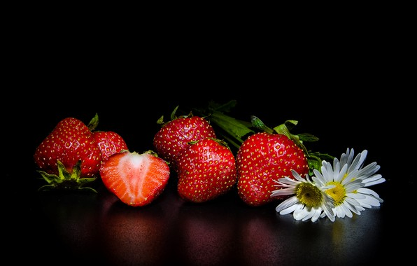 Picture flowers, berries, chamomile, strawberry, black background