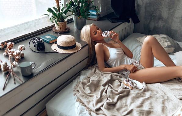 Picture girl, model, blonde, donuts, Katerina Shiryaeva, Mary Solomon