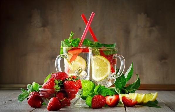 Picture ice, berries, lemon, strawberry, drink, mugs, lemonade
