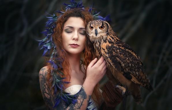 Picture girl, owl, portrait