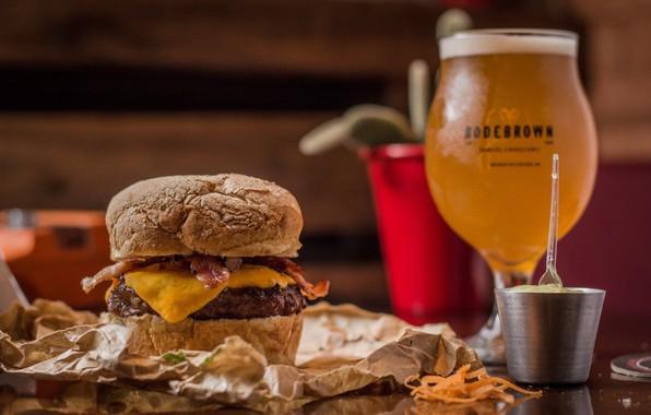 Picture glass, food, beer, sandwich, hamburger, mustard