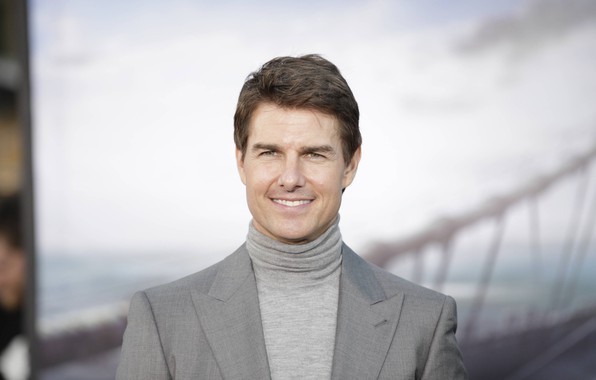 Picture look, pose, smile, actor, Tom Cruise, Director, writer, Tom Cruise, film producer