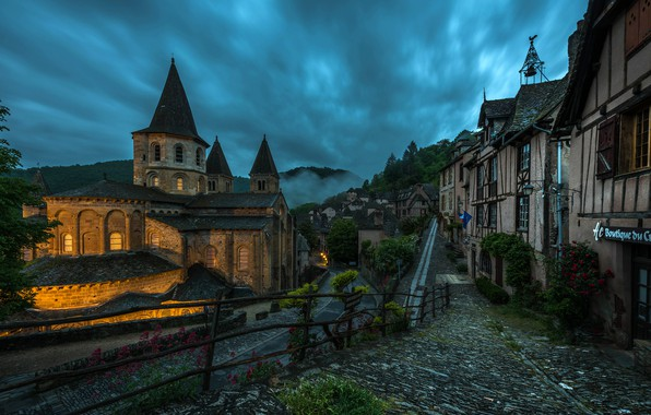 Picture road, clouds, trees, landscape, mountains, street, the fence, France, home, the evening, Church, Conques