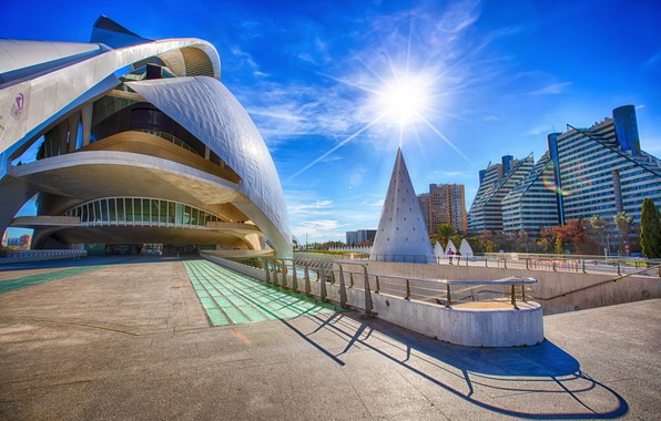 Picture the sky, the sun, Spain, Valencia