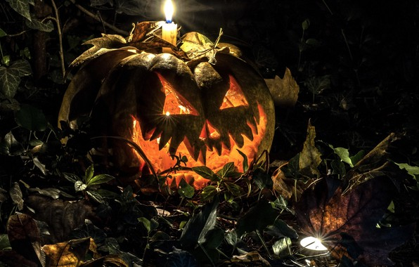 Picture autumn, leaves, night, candle, Halloween, pumpkin.