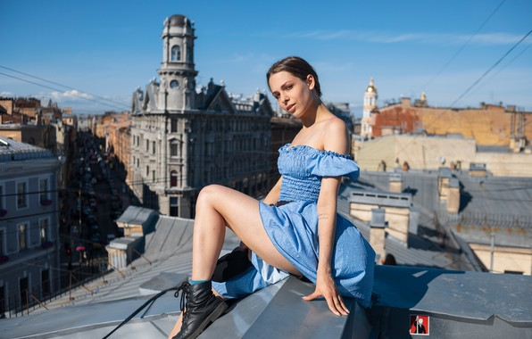 Picture girl, height, dress, legs, on the roof, Maxim Ivanov