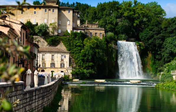 Picture the city, river, building, waterfall, home, Italy, promenade, municipality, Isola del Liri, Leary