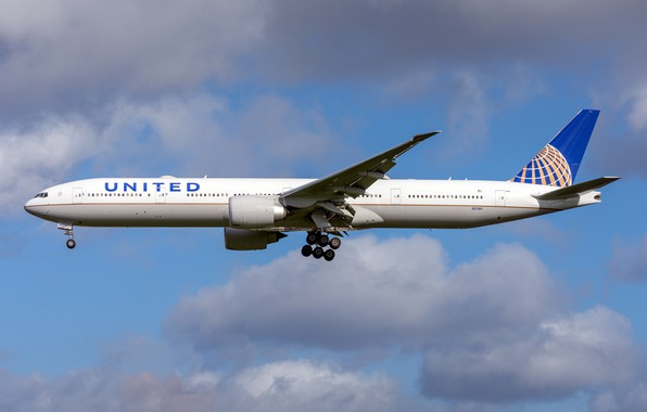 Picture Boeing, 777-300ER, United Airlines