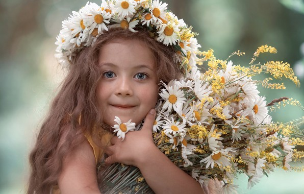 Picture look, flowers, face, chamomile, bouquet, girl, wreath, long hair, the mood, Catherine Godawa