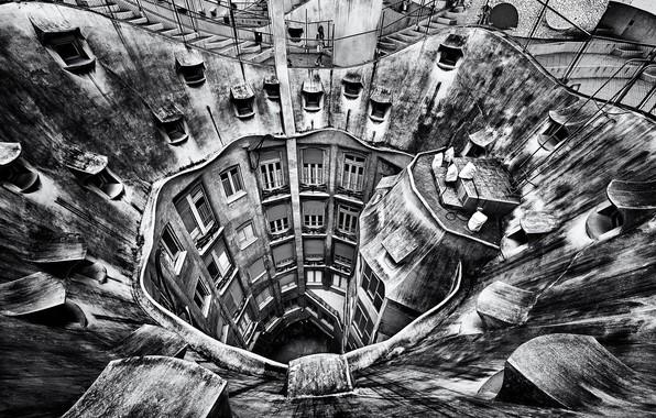 Picture architecture, Barcelona, Gaudi, La Pedrera