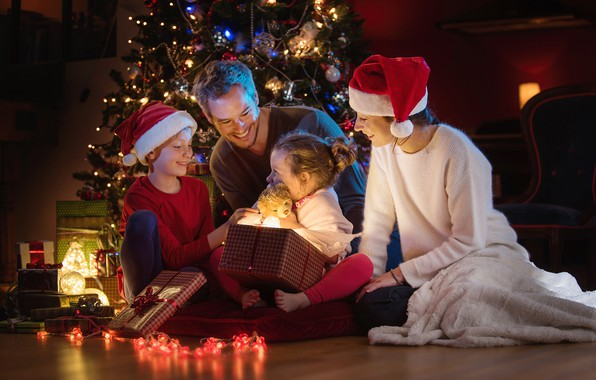 Picture children, woman, tree, family, Christmas, gifts, New year, male, garland